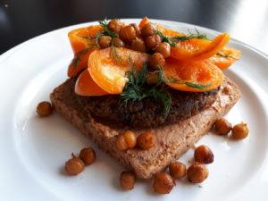 brood inspiratie - linzenburger met geroosterde kikkererwten