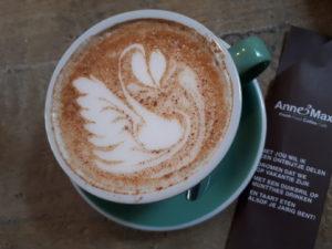 cappuccino met amandelmelk