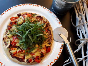courgette pizza met vegan kaas